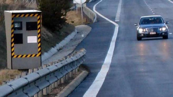 La reforma del código penal contempla la retirada del vehículo al conductor condenado por exceso de velocidad o conducir bebido.