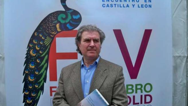 César Antonio Molina, Hoy En La Feria Del Libro De Valladolid.