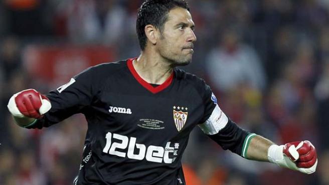 El 'paralotodo'. Andrés Palop evitó en varias ocasiones el empate del Atlético.