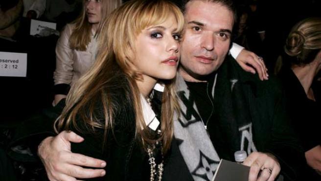 La actriz Brittany Murphy y su marido Simon Monjack en una imagen de archivo.