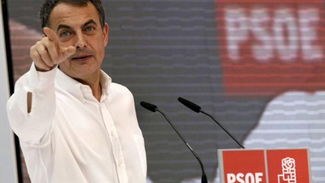 El presidente del Gobierno, José Luis Rodríguez Zapatero, durante una intervención en Elche.