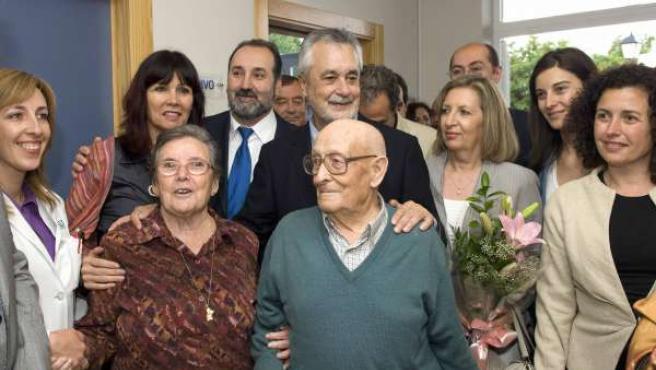 El presidente de la Junta de Andalucía, José Antonio Griñán, inaugura un centro