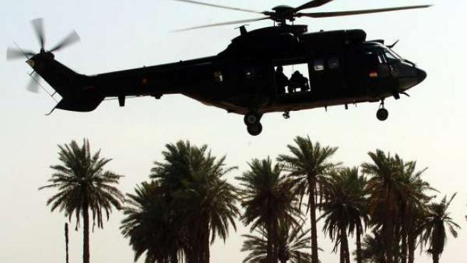Un helicóptero del Ejército Español en una foto de archivo.