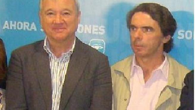 El presidente murciano y José María Aznar