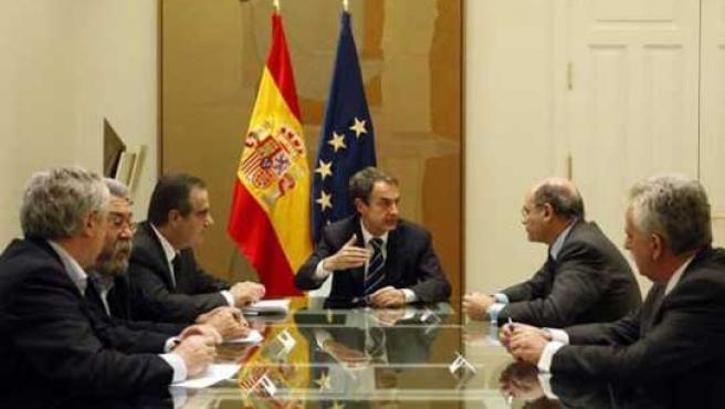 Una de las reuniones que han mantenido Gobierno, patronal y sindicatos para alcanzar un acuerdo sobre la reforma laboral.