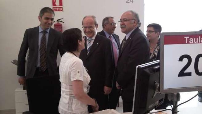 Montilla y Carod Rovira visitando la nueva sede del Govern en Girona