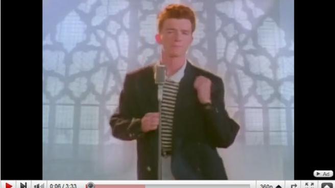 Imagen del vídeo de Rick Astley, 'Never Gonna Give You Up', en Youtube.