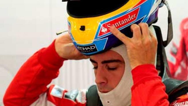 Fernando Alonso, piloto de Ferrari, frustrado tras el Gran Premio de Europa.