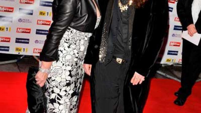 Ozzy Osbourne y su esposa Sharon en una imagen de archivo.