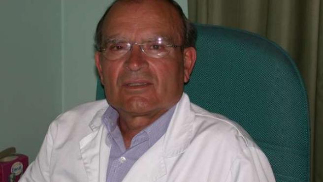 El doctor Leoncio Bento, 'Gomero Universal'.
