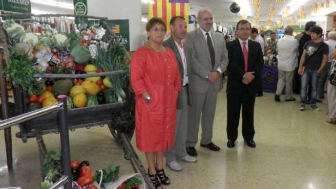 Vives, Pereda y Moragues, durante la presentación de la campaña.