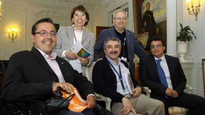 Participantes en el ciclo de debates de la UIMP