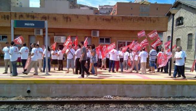 Nota De Prensa Convocatoria De Huelgas En Trenes De Media Distancia En Extremadu
