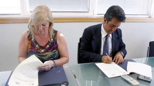 Martín y Gómez Morante firman el convenio