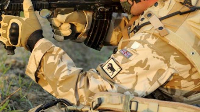 Un soldado de la OTAN, durante unas maniobras en Afganistán.