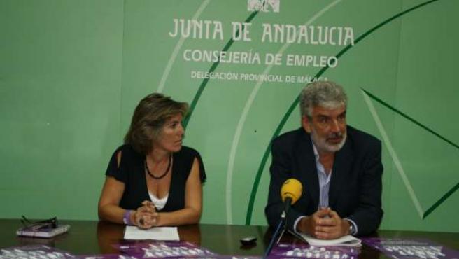 Pastor y Lomeña en la presentación en Málaga del 'Análisis del estado de la pari