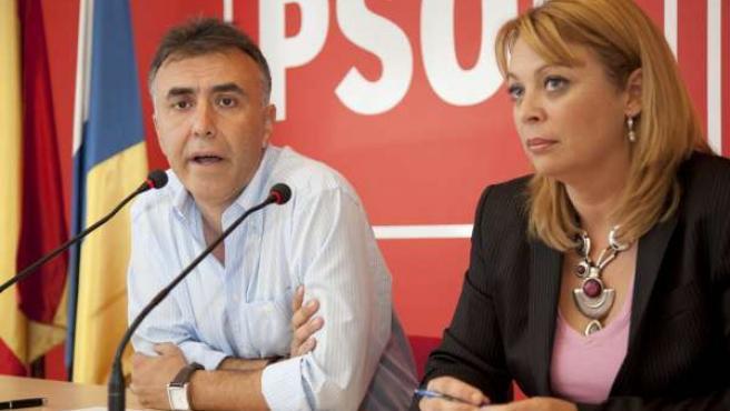 El secretario general del PSC-PSOE en Gran Canaria, Ángel Víctor Torres, y la co