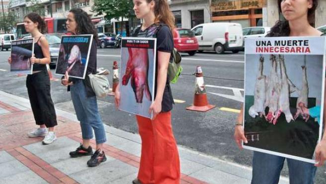 Concentración Bloque 'Antiespecista' de Euskadi en Bilbao