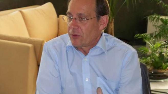 El consejero de Medio Ambiente, José Juan Díaz Trillo, durante la entrevista