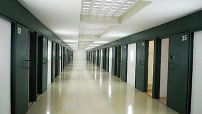 Una de las galerías de la cárcel de Valdemoro.