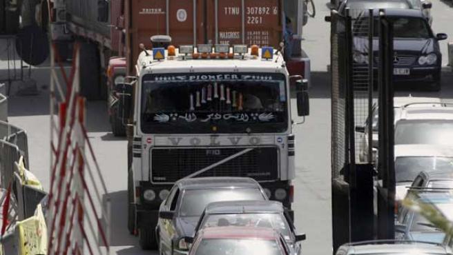 El suministro de fruta y verdura a Melilla ha sido bloqueado en el paso fronterizo de Beni-Enzar.