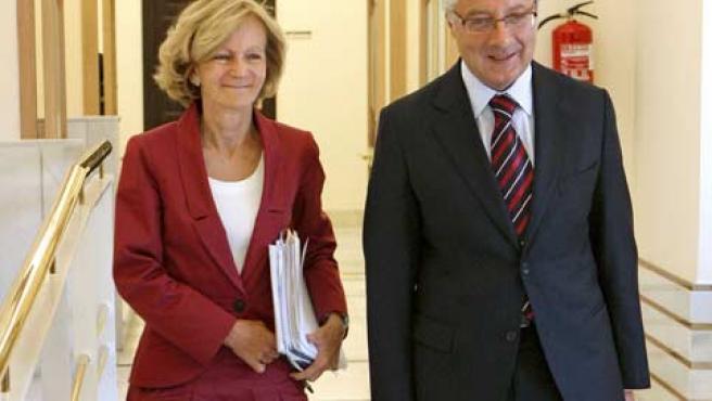 La vicepresidenta segunda del Gobierno y ministra de Economía, Elena Salgado, y el titular de Fomento, José Blanco.