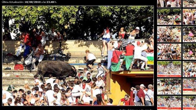 El toro saltó al tendido, provocando el pánico entre los espectadores.
