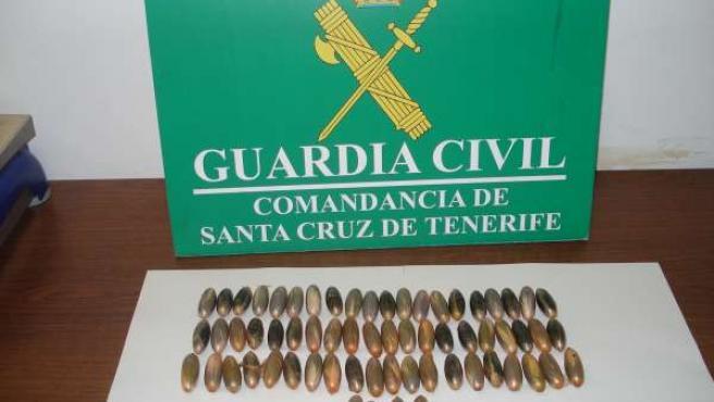 Las 64 cápsulas que llevaba el detenido en su cuerpo