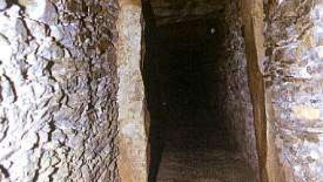 Corredor principal del dolmen de La Pastora.