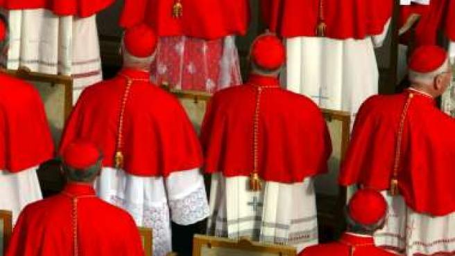 Imagen de archivo de un grupo de cardenales en el Vaticano.