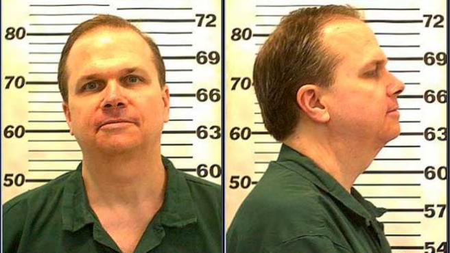 Fotografía facilitada por el Departamento de Prisiones del Estado de Nueva York que muestra a Mark David Chapman, asesino de John Lennon, el 28 de julio de 2010 en la prisión de Attica (EE UU).
