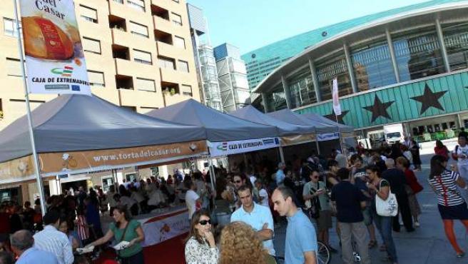 FOTOS: La D.O.P. Torta Del Casar Ha Invitado A Más De 5.000 Madrileños Al Aperit