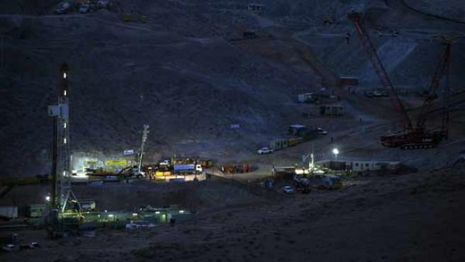 Este martes comenzará el rescate de los 33 mineros atrapados en el yacimiento San José, en Copiapó.