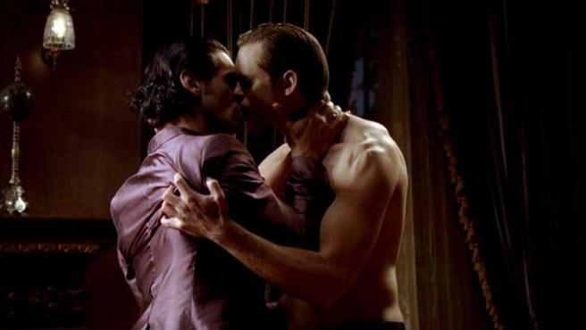 'True Blood', una de las series en las que más homosexuales aparecen.