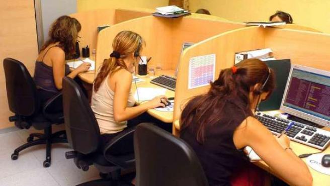 Trabajadoras de telemarketing.