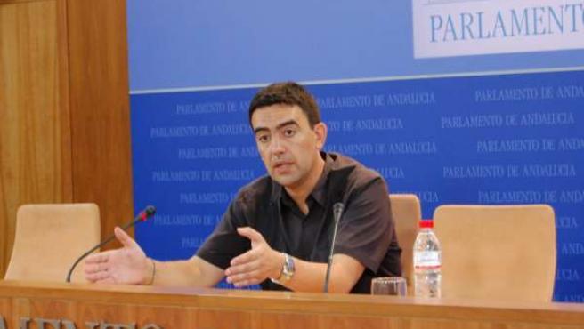El secretario provincial del PSOE de Huelva, Mario Jiménez