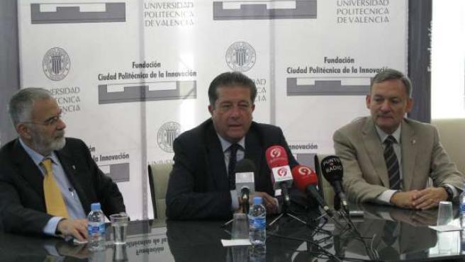 Pedro Fito, Federico Mayor Zaragoza y Fidel Toldrá en presentación de 'FoodInnov