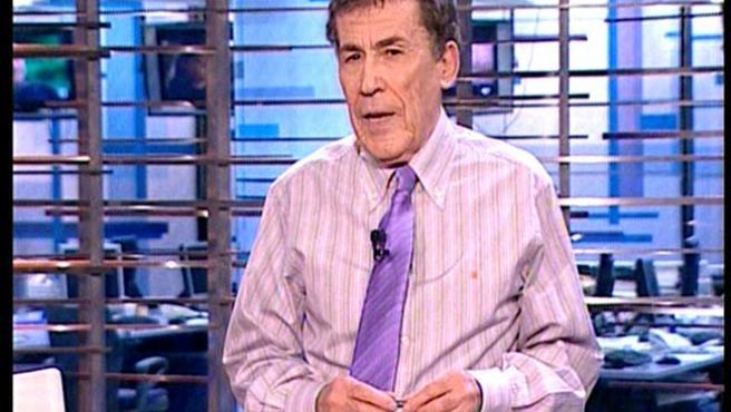 Sánchez Dragó en su anterior programa, 'Diario de la noche'.