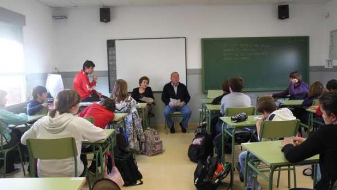 Imagen de la charla en el instituto en Belchite