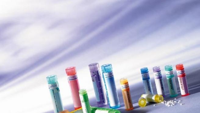 Medicamentos homeopáticos para distintas dolencias.