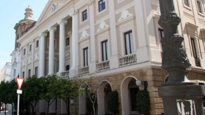 Ayuntamiento de Cádiz reclamará el dinero del canon digital.