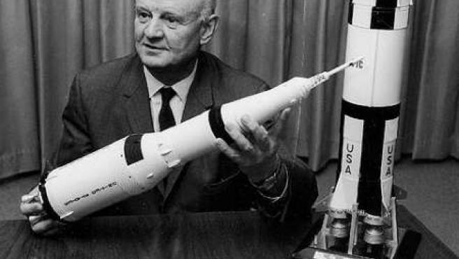 Arthur Rudolph, en una foto del programa espacial EE UU.