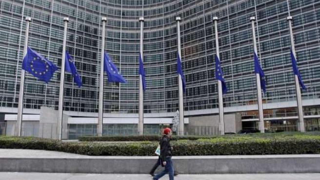 Bruselas destaca que todos los países cuestionados por los mercados están adoptando las medidas necesarias para corregir sus desequilibrios.