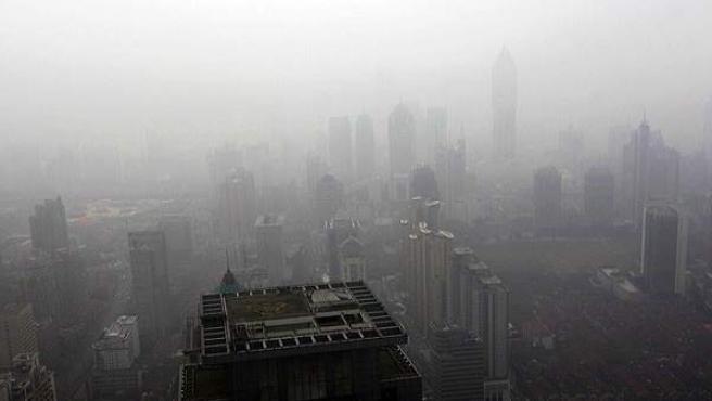 El planeta lo habitan casi 6.700 millones de personas. En la foto, Shanghai.