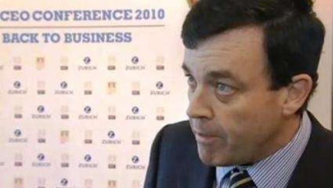 Brian Lenihan, ministro de Finanzas irlandés, durante una entrevista en la televisión pública.