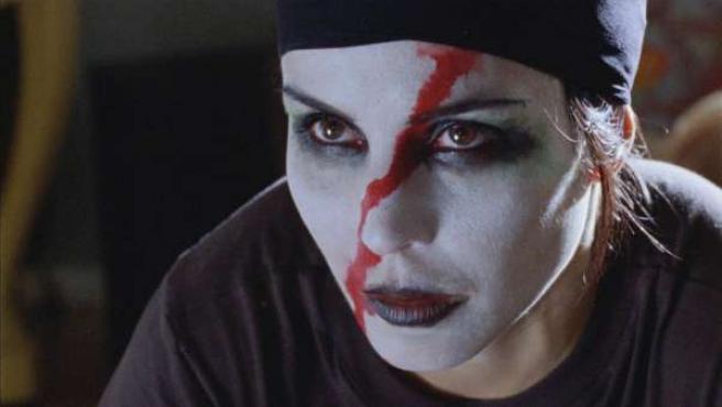 Fotograma de la película Millennium 2: la chica que soñaba con una cerilla y un bidón de gasolina.