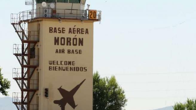 Torre de control de la base aérea de Morón de la Frontera.