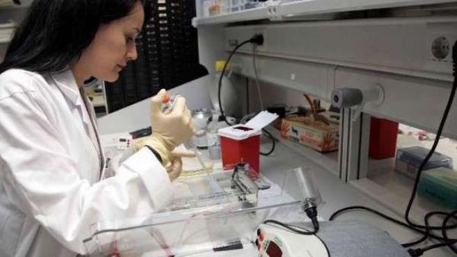 En la imagen un centro de estudio de células. (Archivo)