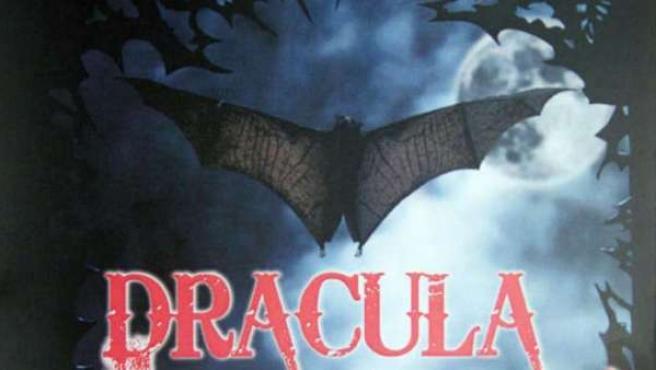 Un primer cartel para promocionar esta nueva versión de Drácula.