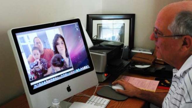 Videoconferencia a través de Skype.